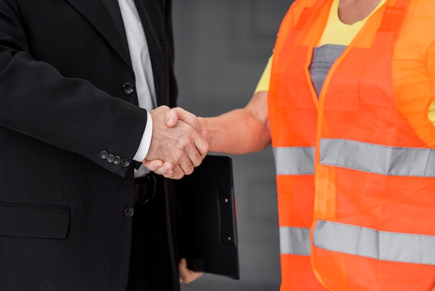 Biznes drżenie ręki z bliska