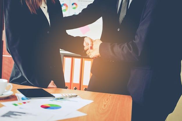 Biznes i spotkania oraz jedność pracy.