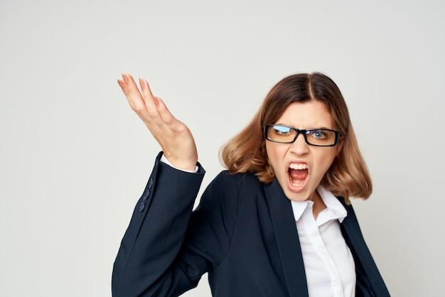 Biznes kobieta w garniturze pracy oficjalnego kierownika pewności siebie. zdjęcie wysokiej jakości