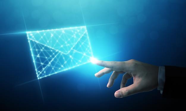 Biznesmen dotyka e-mail wireframe