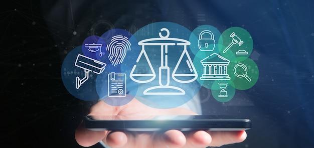 Biznesmen gospodarstwa chmura sprawiedliwości i prawa ikona bańki z danymi