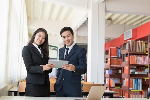Biznesmen i sekretarka