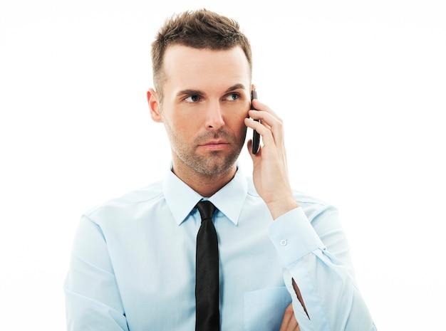 Biznesmen ma stresującą rozmowę