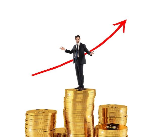 Biznesmen na skarbie monet