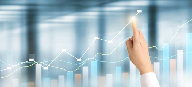 Biznesmen plan wykres wzrostu wzrostu wskaźników pozytywnych wykresu w jego działalności