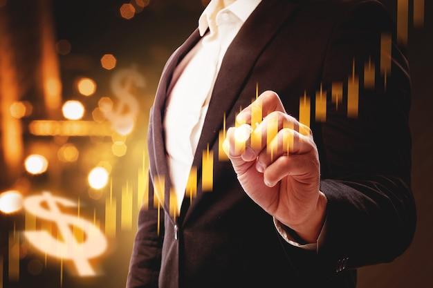 Biznesmen przedstawiający wirtualny wykres słupkowy dolara z cyfrowym tłem