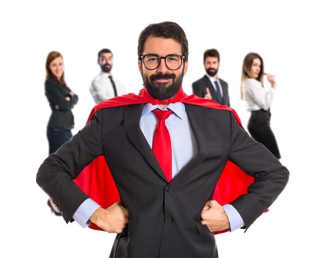 Biznesmen ubrany jak superhero