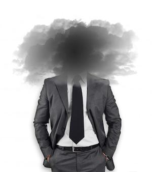 Biznesmen z głową w chmurach