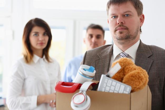 Biznesmen zrezygnował ze spółki i zrezygnował