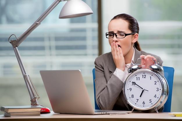 Bizneswoman nie spełnia trudnych terminów