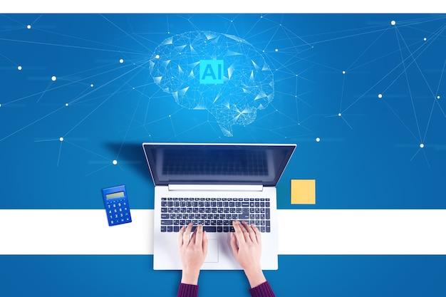 Bizneswoman wpisując na komputerze z ikoną ai