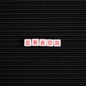 Błąd typografia alfabetu koralików słownych