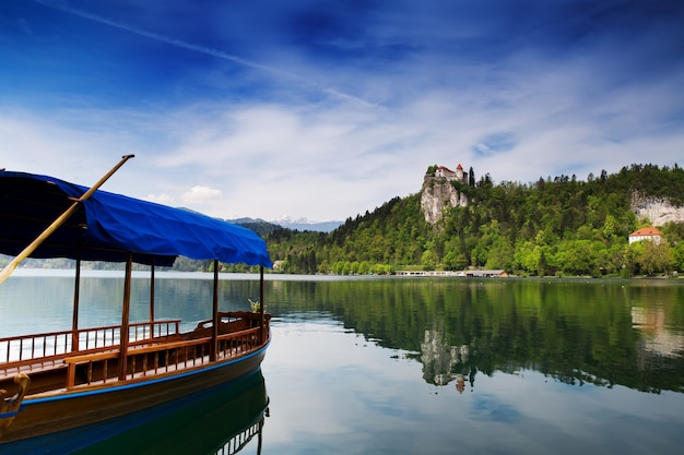 Bled to miasto nad jeziorem bled w słowenii