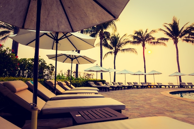 Błękitny basen hotel nature sheikh