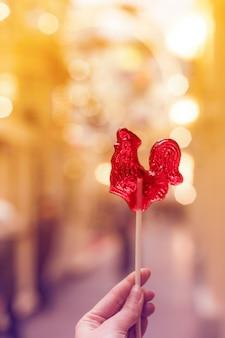 Bliska kurek cukru lollipop. tradycyjne rosyjskie cukierki.
