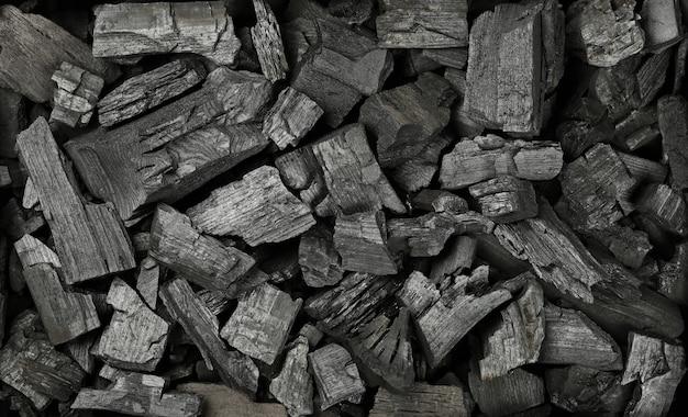 Bliska teksturę tła wielu czarnych brył węgla, podwyższony widok z góry, bezpośrednio powyżej