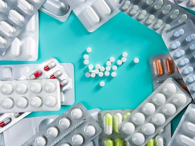 Blister medycznych pigułek tło farmaceutycznych