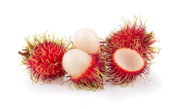 Bliźniarki słodka wyśmienicie owoc odizolowywająca na białym tle. pełna głębia ostrości