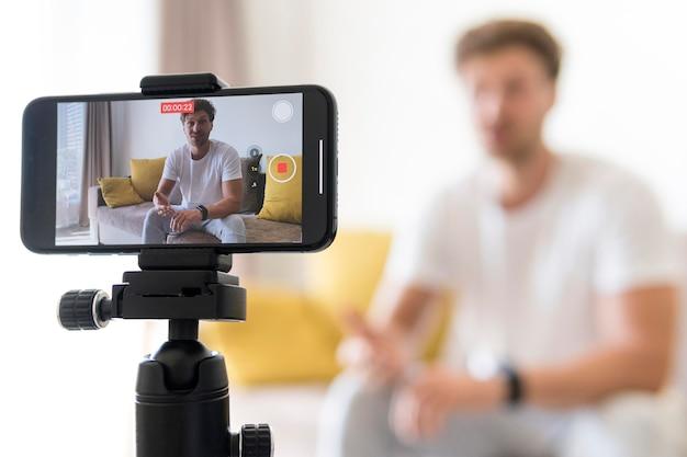 Bloger do nagrywania telefonów komórkowych z bliska