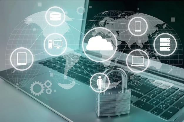 Blokada na tle laptopa, koncepcja bezpieczeństwa cybernetycznego