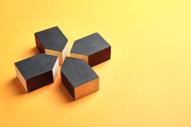 Bloki na kolor. koncepcja jedności