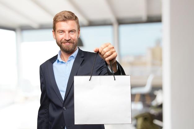 Blond biznesmen szczęśliwy wyraz