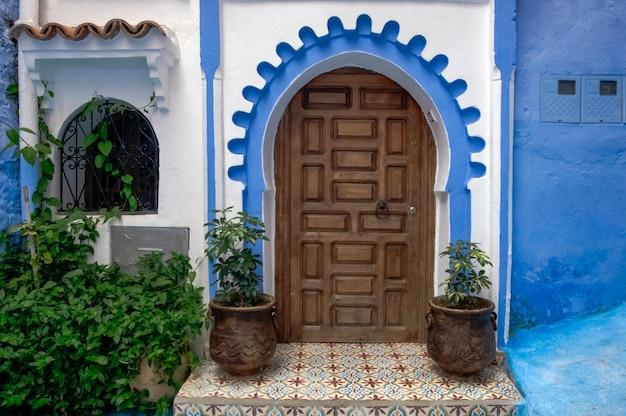Blue city chefchaouen. maroko, afryka