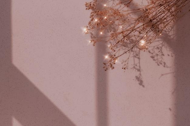 Błyszczący obraz tła suszonych kwiatów