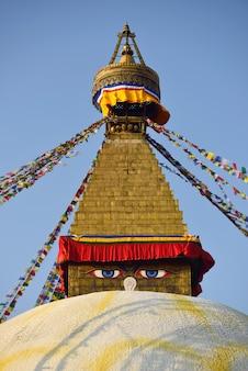 Bodhnath stupa w kathmandu, nepal.