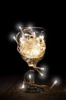 Boże narodzenie drut ogień światła w szkle, koncepcja fajerwerki światło bajki.