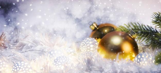Boże narodzenie i nowy rok tło wakacje, sezon zimowy.