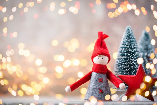 Boże narodzenie kartkę z życzeniami. tło uroczysty gnom. symbol nowego roku.