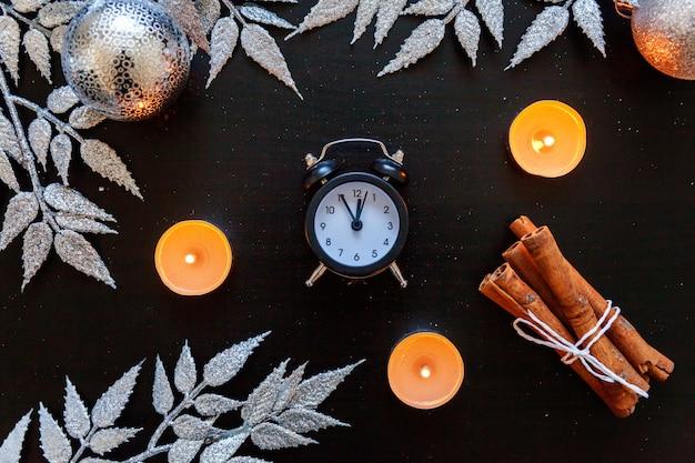 Boże narodzenie nowy rok skład na ciemnym czarnym tle