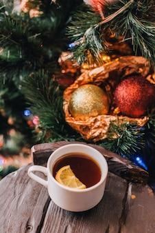 Boże narodzenie nowy rok z cytryną.