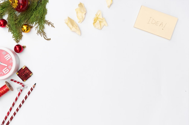 Boże narodzenie ramki. prezenty świąteczne, pomysł, kokardy, dekoracje. płaskie leżało