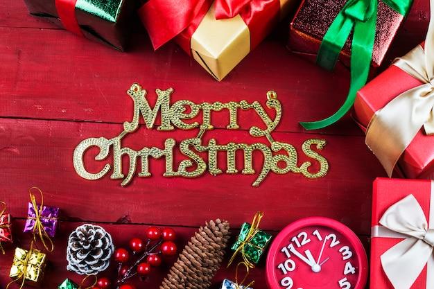 Boże narodzenie w tle z czerwonym ornamentem, pudełko,