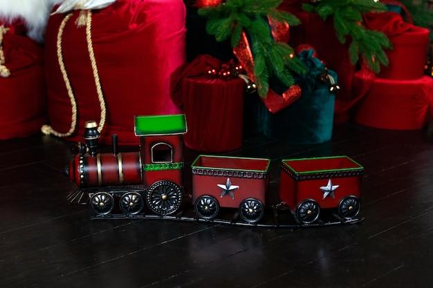Boże narodzenie zabawka czerwony pociąg