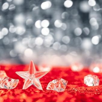 Bożenarodzeniowa kryształowa gwiazda na kostkach lodu