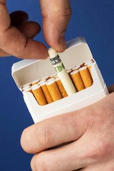 Brak kompozycji elementów dnia tytoniu