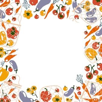 Brak plastikowej koncepcji kwadratowej ramki z płaską ilustracją w stylu kreskówki z warzywami z siatki ekologicznej