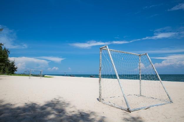 Bramka piłkarska na plaży