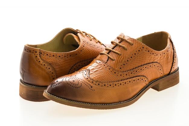 Brązowe buty ze skóry