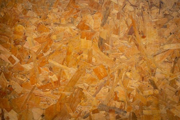 Brązowe drewno