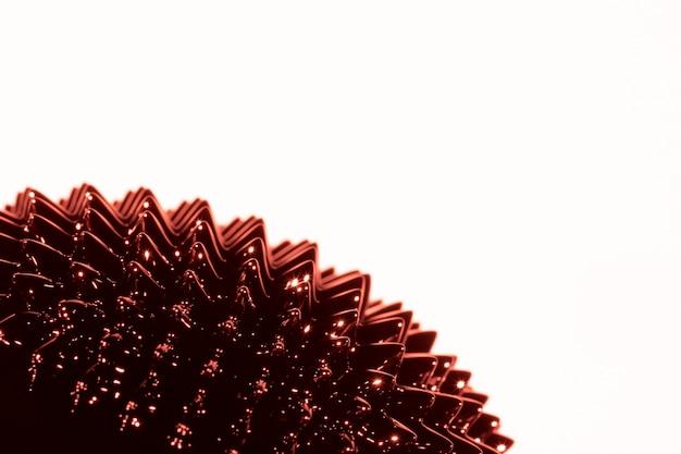 Brązowy ciekły ferromagnetyczny metal z miejsca na kopię