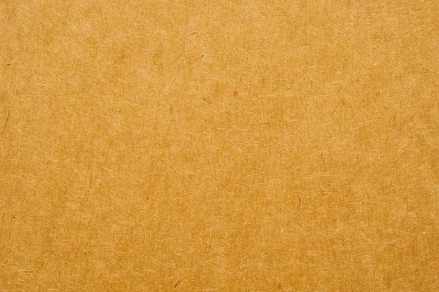 Brązowy ekologiczny papier pakowy z recyklingu