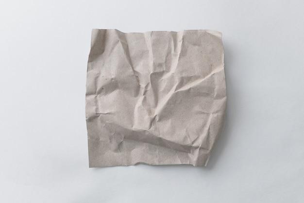 Brązowy papier do recyklingu zmarszczek