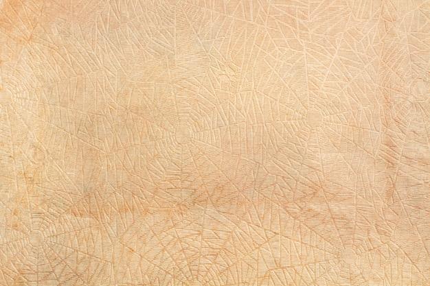 Brązowy pomarszczony papier w widoku z bliska