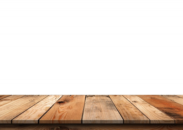 Brązowy pusty drewniany blat na białym tle.