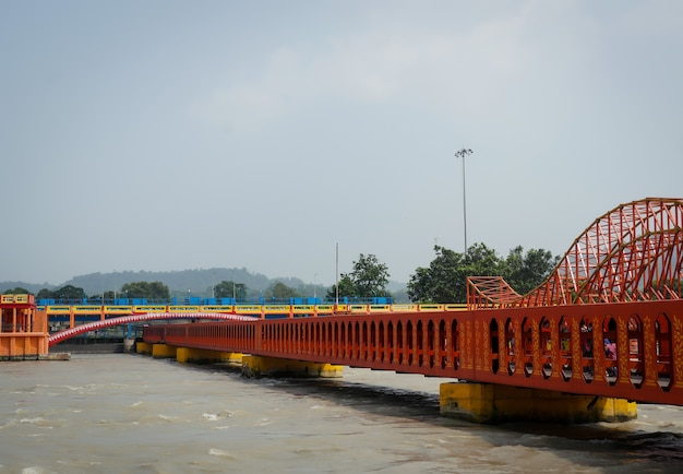 Bridhe w pobliżu har ki pauri ghat, haridwar
