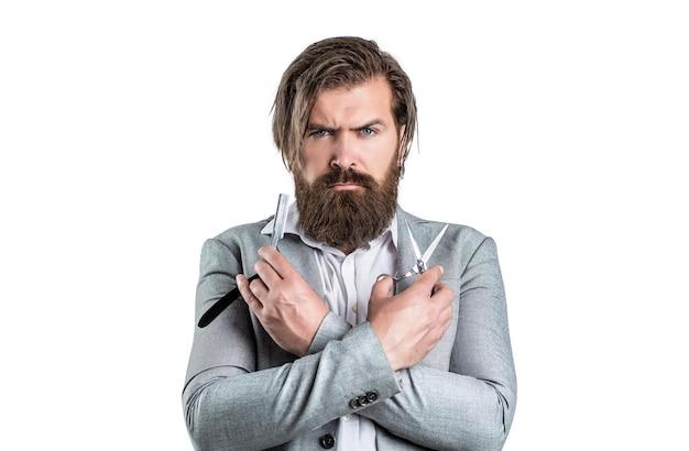 Brodaty mężczyzna, brodaty mężczyzna. portret stylowy mężczyzna broda. nożyczki fryzjerskie